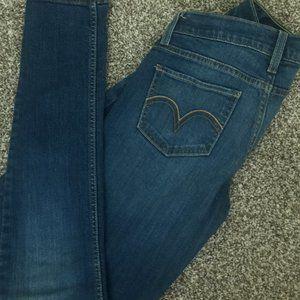 524 Too Superlow Medium Wash Skinny Blue Jeans